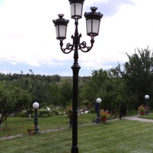 """Lantaarnpaal, straatlantaarn """"Parijse-Royal""""; 3 lantaarns H382"""