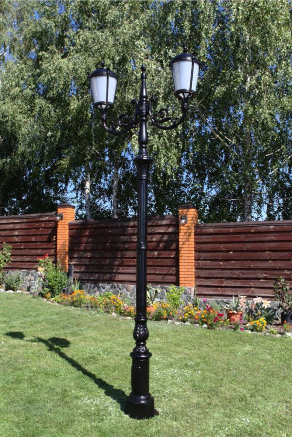 """Lamppost, street lamp """"Tulip""""; 2 lanterns H390"""