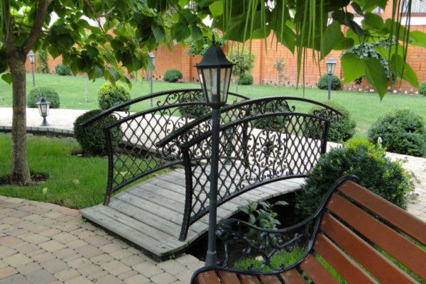 "Wrought iron bridge railing ""BR0297"""