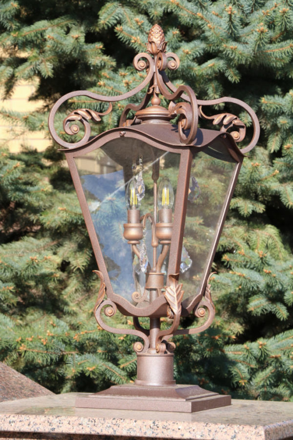 Wrought iron gate lamp Pine cone atmosphere detail