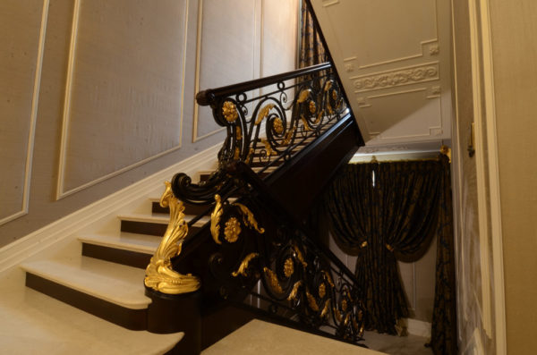 """Wrought iron banister and balustrade """"ClassicWood"""" atmosphere 2"""