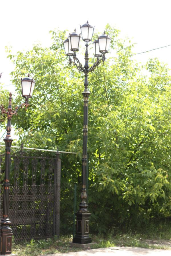 lantaarnpaal straatlantaarn giant 5 lantaarns h570 sfeer