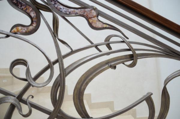 smeedijzeren balustrade Murano met houten leuning en decoratief glas