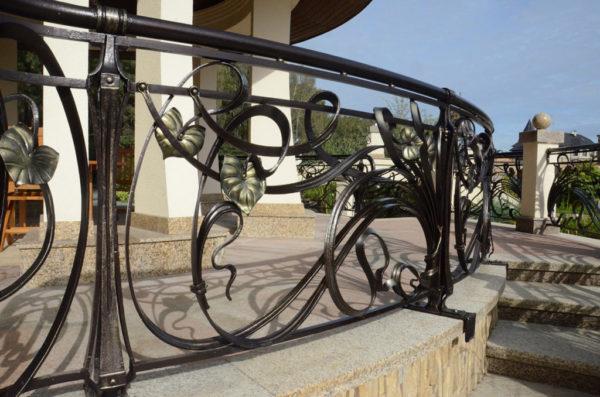 Smeedijzeren terrashek 'Art Nouveau'